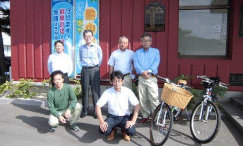 通勤距離が概ね3㌔以内の社員を対象に自転車および徒歩で通勤しました。
