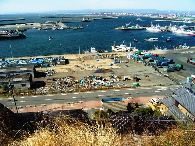 東日本大震災時の小名浜港の様子