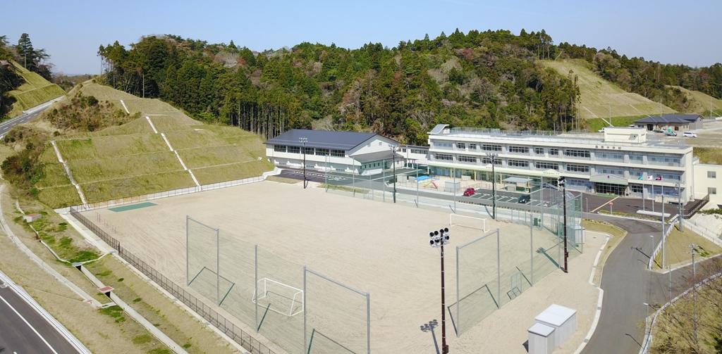 豊間中学校新校舎等「落成記念式典」に山木工業(いわき市)が参加2